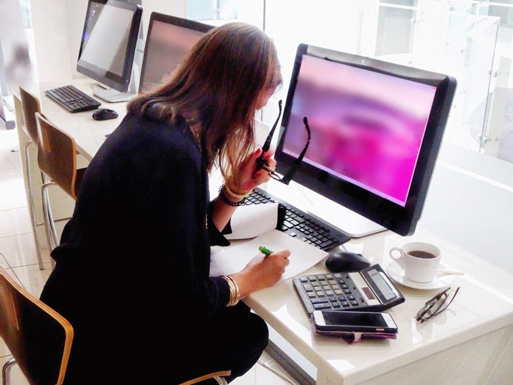 travailler-devant-apple